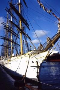 """El """"Sedov"""", antiguo buque de carga y actualmente buque-escuela ruso (Fotografía: Alfonso Hernández)"""