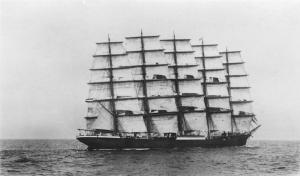 """El majestuoso """"Preussen"""". Uno de los mayores buques de vela de carga que existieron"""